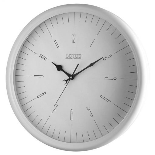 ساعت دیواری چوبی PEARLAND